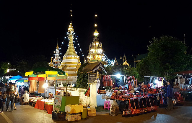 Mae Hong Son night market